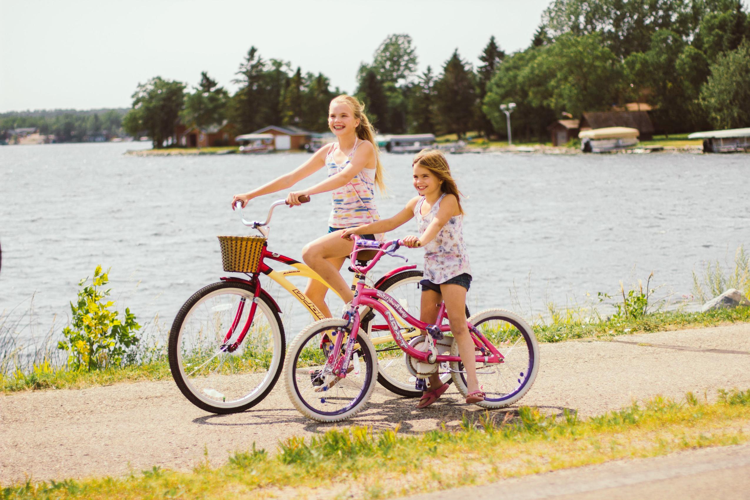 Lake Metigoshe Bike Path